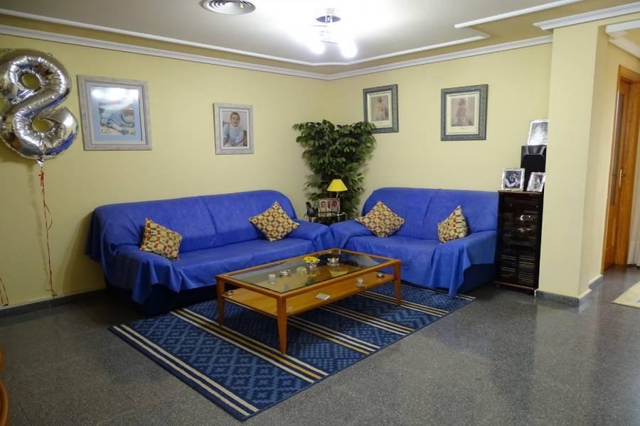 San Vicente del Raspeig,Alicante,España,4 Bedrooms Bedrooms,2 BathroomsBathrooms,Adosada,34885