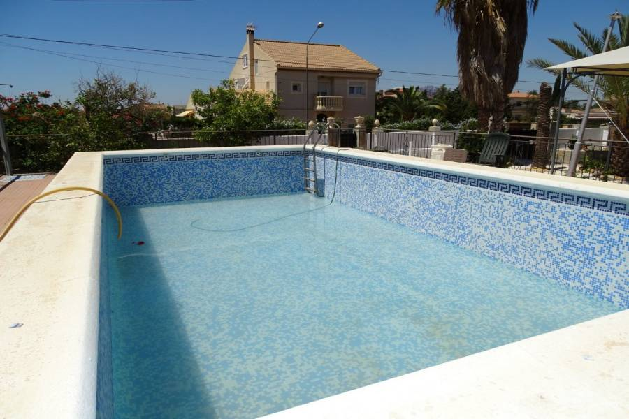 San Vicente del Raspeig,Alicante,España,4 Bedrooms Bedrooms,2 BathroomsBathrooms,Chalets,34889