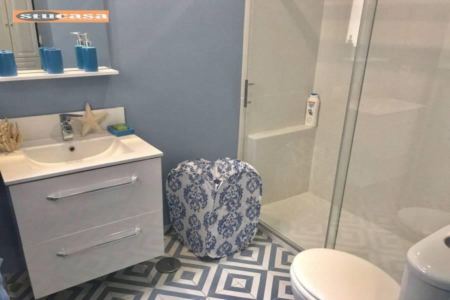 el Campello,Alicante,España,3 Bedrooms Bedrooms,2 BathroomsBathrooms,Adosada,34924