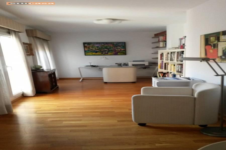 Alicante,Alicante,España,2 Bedrooms Bedrooms,2 BathroomsBathrooms,Atico,34927