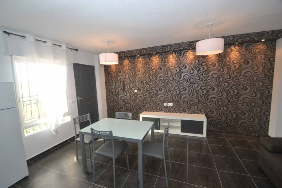 Torrevieja,Alicante,España,2 Bedrooms Bedrooms,1 BañoBathrooms,Bungalow,35000