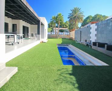 Torrevieja,Alicante,España,4 Bedrooms Bedrooms,2 BathroomsBathrooms,Casas,35006