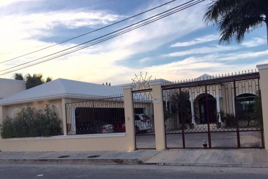 Mérida,Yucatán,Mexico,4 Bedrooms Bedrooms,6 BathroomsBathrooms,Casas,3963