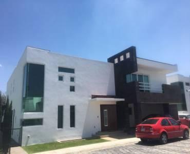Metepec,Estado de Mexico,Mexico,3 Bedrooms Bedrooms,5 BathroomsBathrooms,Casas,4069