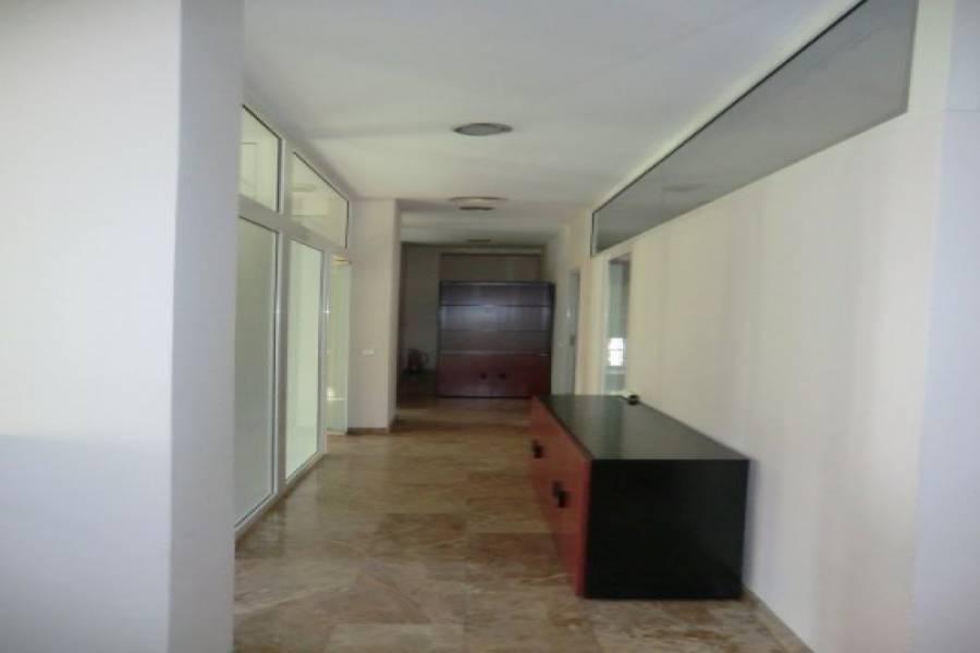 Paterna,Valencia,España,2 BathroomsBathrooms,Locales,4189