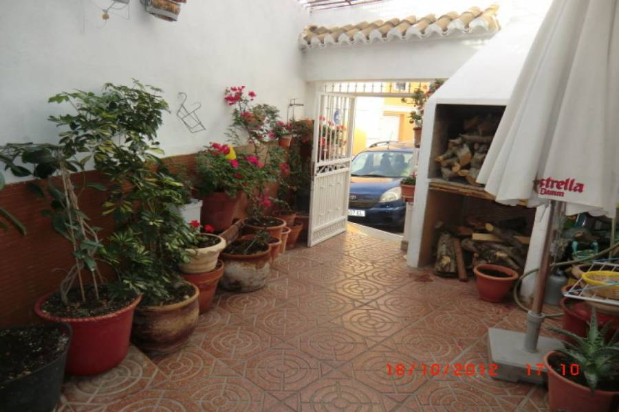 Paterna,Valencia,España,4 Bedrooms Bedrooms,2 BathroomsBathrooms,Fincas-Villas,4222