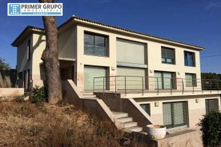 Torrent,Valencia,España,5 Bedrooms Bedrooms,3 BathroomsBathrooms,Fincas-Villas,4241