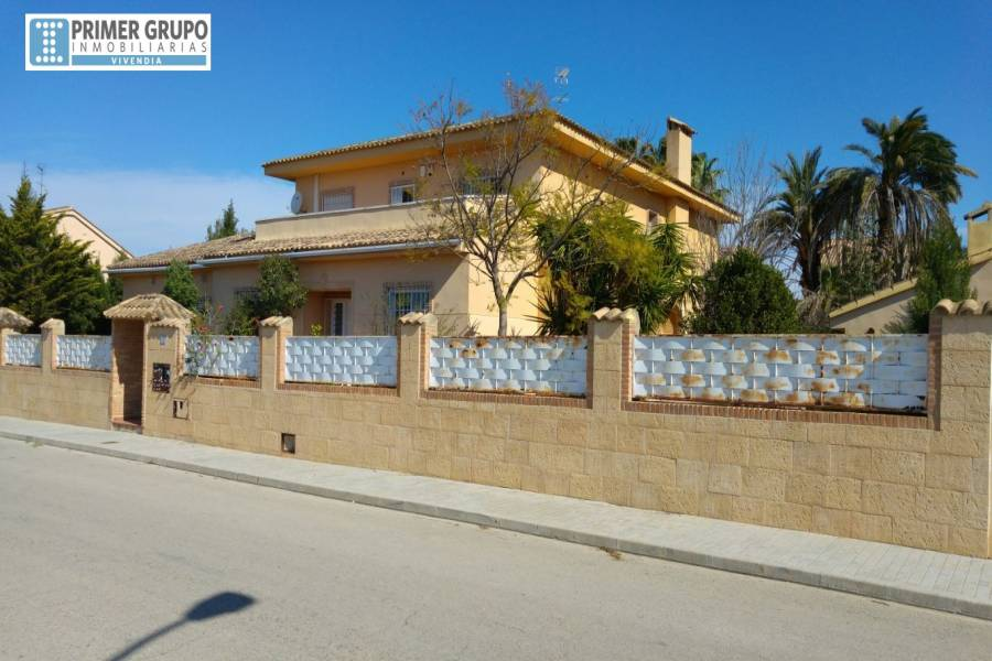 L'Eliana,Valencia,España,8 Bedrooms Bedrooms,3 BathroomsBathrooms,Fincas-Villas,4248