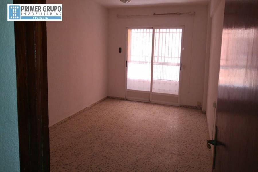 L'Alcudia,Valencia,España,3 Bedrooms Bedrooms,1 BañoBathrooms,Apartamentos,4276