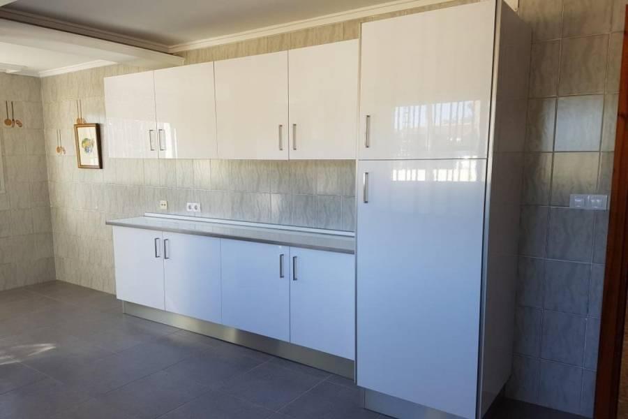Paterna,Valencia,España,4 Bedrooms Bedrooms,3 BathroomsBathrooms,Fincas-Villas,4302