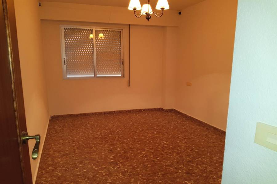 Marines,Valencia,España,4 Bedrooms Bedrooms,2 BathroomsBathrooms,Apartamentos,4330