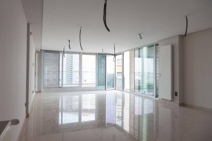 Valencia,Valencia,España,4 Bedrooms Bedrooms,3 BathroomsBathrooms,Apartamentos,4345