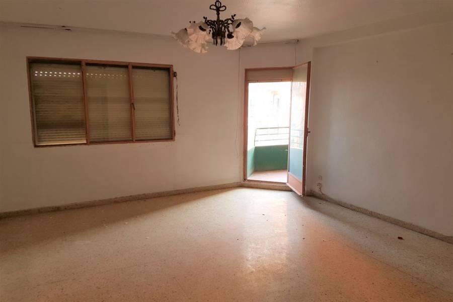 Valencia,Valencia,España,4 Bedrooms Bedrooms,1 BañoBathrooms,Apartamentos,4353