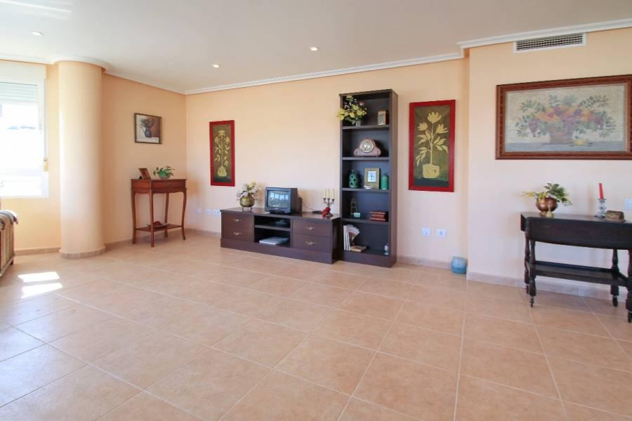 Torrevieja,Alicante,España,5 Bedrooms Bedrooms,3 BathroomsBathrooms,Apartamentos,39114