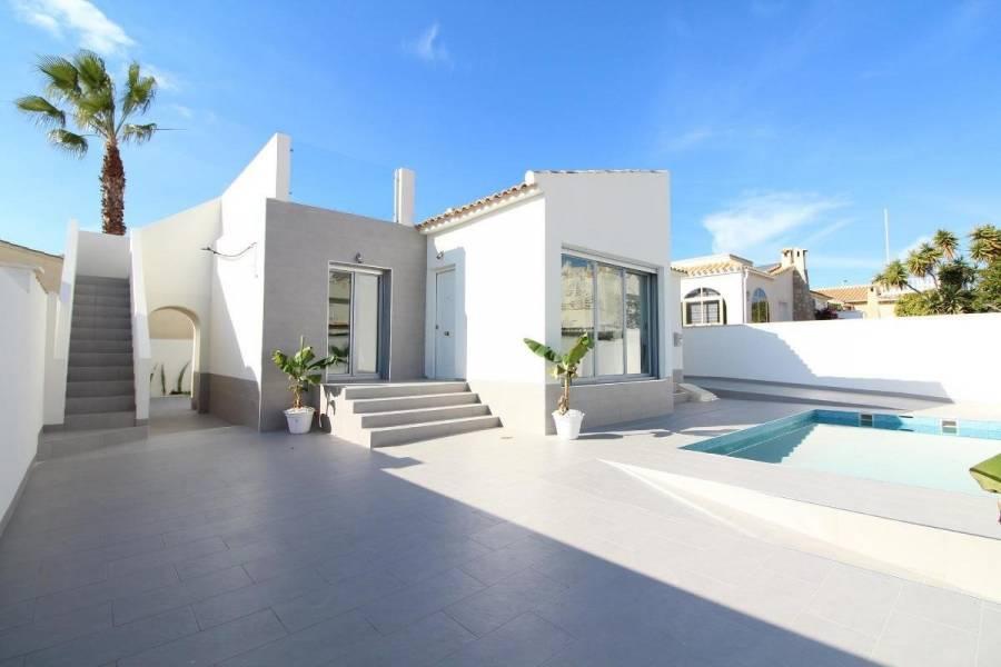 Orihuela Costa,Alicante,España,3 Bedrooms Bedrooms,2 BathroomsBathrooms,Chalets,39121