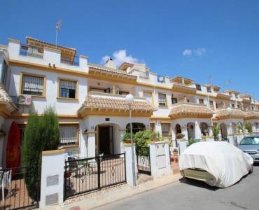 Torrevieja,Alicante,España,3 Bedrooms Bedrooms,2 BathroomsBathrooms,Adosada,39139