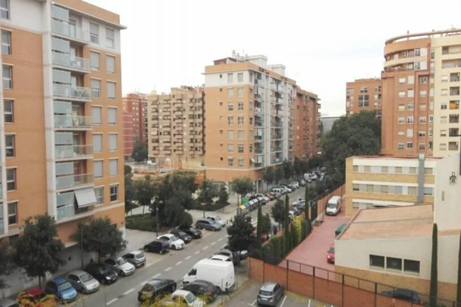 Valencia,Valencia,España,3 Bedrooms Bedrooms,1 BañoBathrooms,Apartamentos,4369