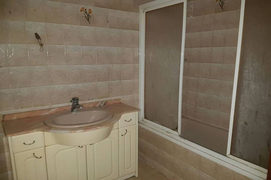 Valencia,Valencia,España,3 Bedrooms Bedrooms,2 BathroomsBathrooms,Apartamentos,4370