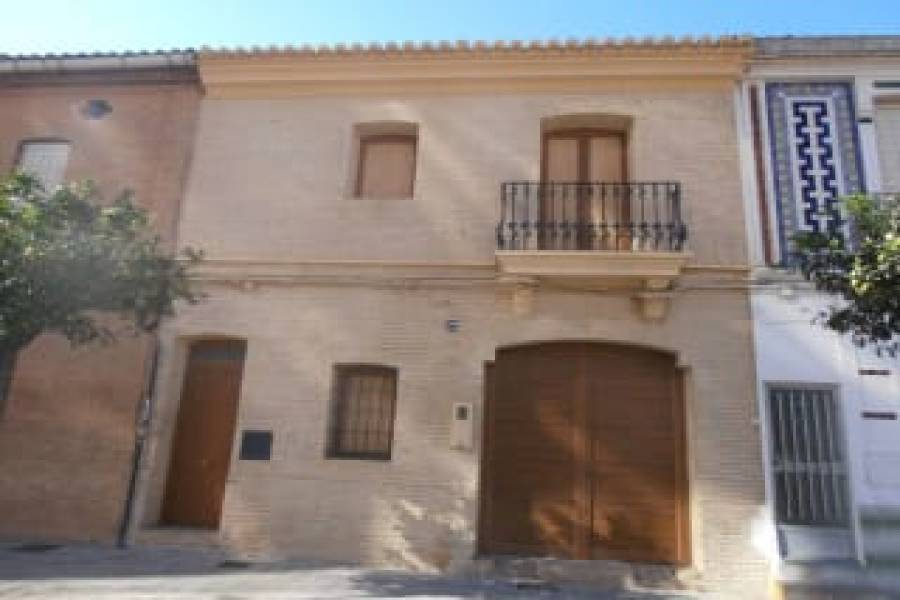 Valencia,Valencia,España,4 Bedrooms Bedrooms,2 BathroomsBathrooms,Casas,4374