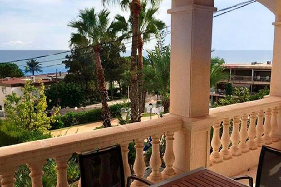 Santa Pola,Alicante,España,4 Bedrooms Bedrooms,3 BathroomsBathrooms,Bungalow,39306