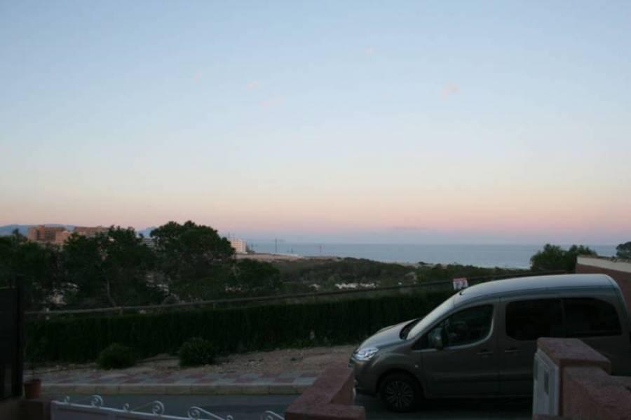 Gran alacant,Alicante,España,3 Bedrooms Bedrooms,2 BathroomsBathrooms,Bungalow,39309