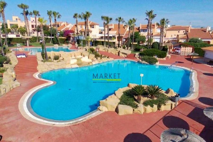 Gran alacant,Alicante,España,3 Bedrooms Bedrooms,2 BathroomsBathrooms,Bungalow,39325