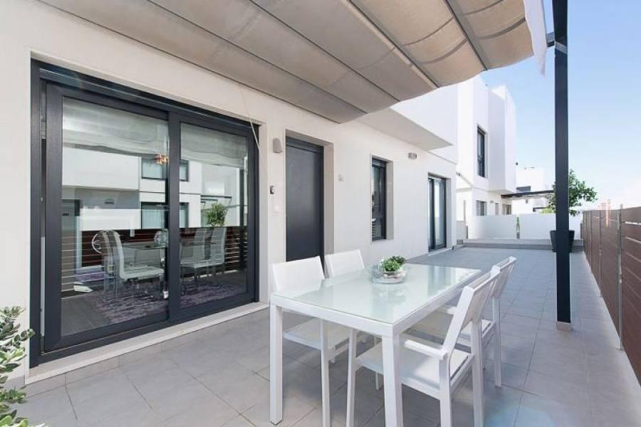 Gran alacant,Alicante,España,3 Bedrooms Bedrooms,3 BathroomsBathrooms,Chalets,39341