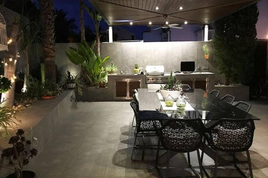 Santa Pola,Alicante,España,4 Bedrooms Bedrooms,4 BathroomsBathrooms,Chalets,39358