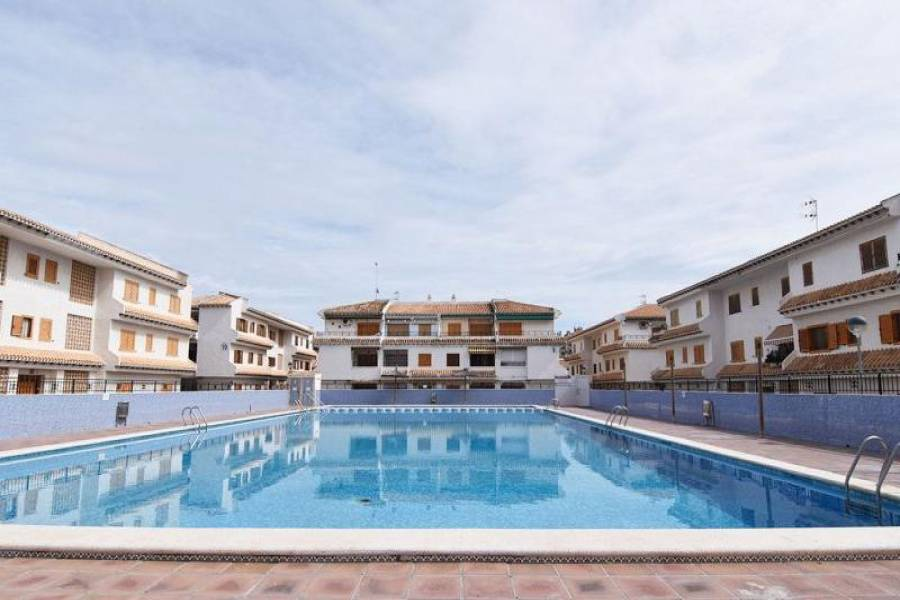 Santa Pola,Alicante,España,2 Bedrooms Bedrooms,1 BañoBathrooms,Bungalow,39365