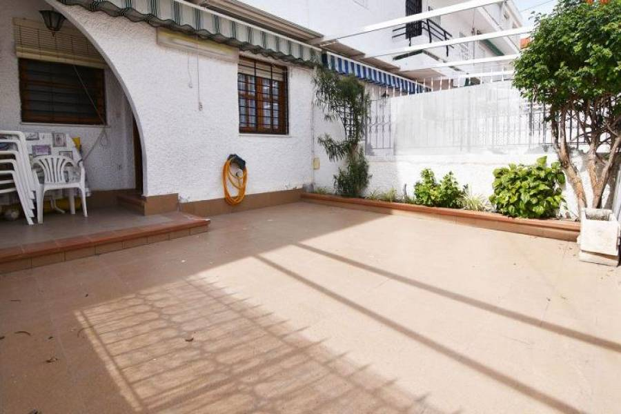 Santa Pola,Alicante,España,3 Bedrooms Bedrooms,2 BathroomsBathrooms,Bungalow,39367