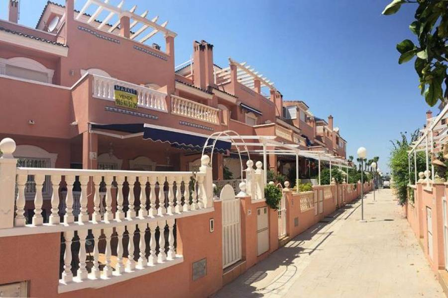 Santa Pola,Alicante,España,2 Bedrooms Bedrooms,2 BathroomsBathrooms,Chalets,39372