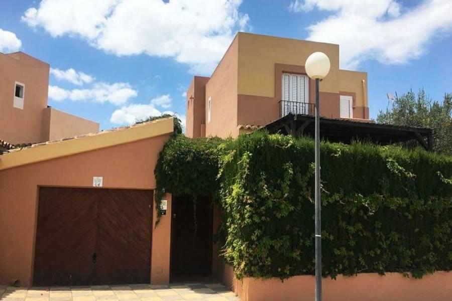 Gran alacant,Alicante,España,4 Bedrooms Bedrooms,3 BathroomsBathrooms,Chalets,39397