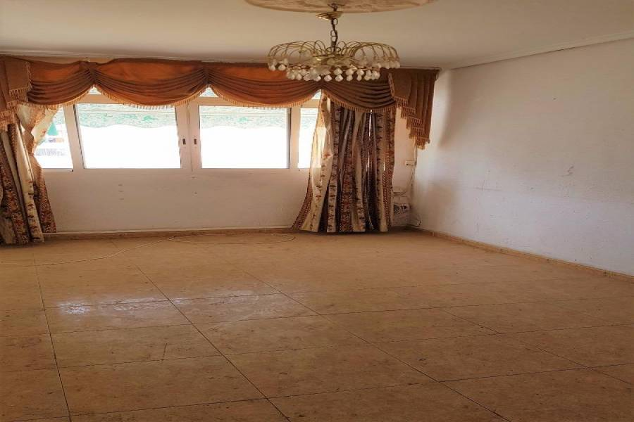 Valencia,Valencia,España,3 Bedrooms Bedrooms,1 BañoBathrooms,Apartamentos,4392