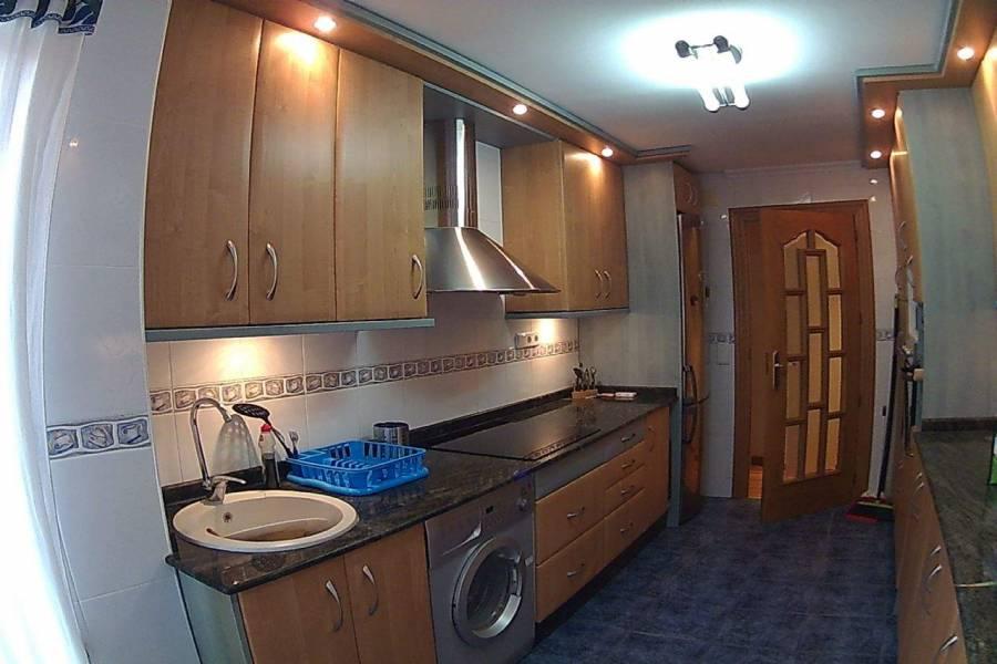 Elche,Alicante,España,4 Bedrooms Bedrooms,2 BathroomsBathrooms,Apartamentos,39497