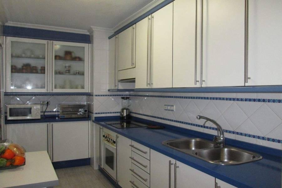 Elche,Alicante,España,4 Bedrooms Bedrooms,2 BathroomsBathrooms,Apartamentos,39499