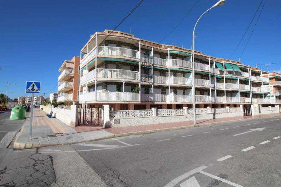 Santa Pola,Alicante,España,3 Bedrooms Bedrooms,1 BañoBathrooms,Apartamentos,39539