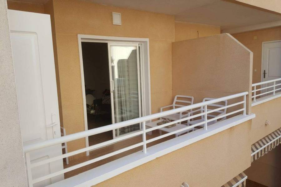 La Marina,Alicante,España,2 Bedrooms Bedrooms,1 BañoBathrooms,Apartamentos,39567
