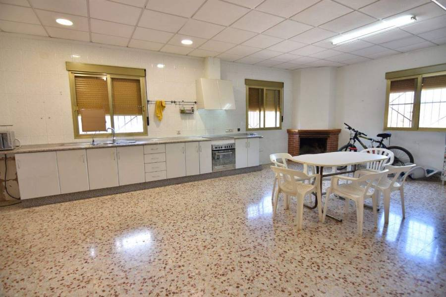 Crevillent,Alicante,España,3 Bedrooms Bedrooms,1 BañoBathrooms,Chalets,39572