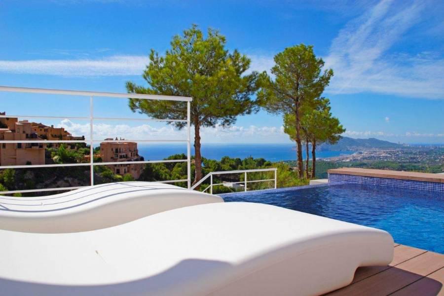 Altea,Alicante,España,3 Bedrooms Bedrooms,4 BathroomsBathrooms,Chalets,39592