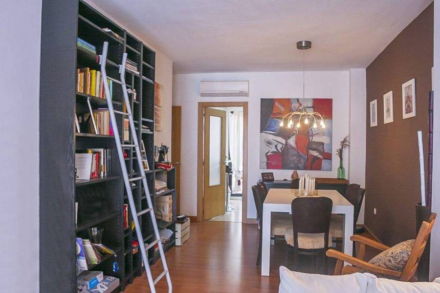 Alicante,Alicante,España,2 Bedrooms Bedrooms,2 BathroomsBathrooms,Apartamentos,39627