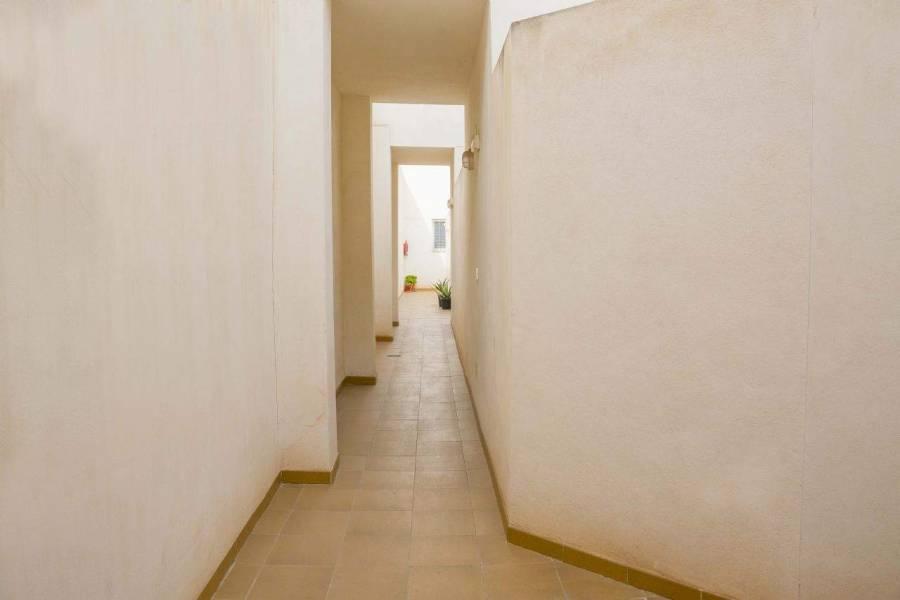 Alicante,Alicante,España,3 Bedrooms Bedrooms,2 BathroomsBathrooms,Apartamentos,39640