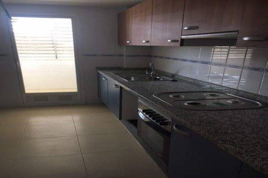 Alicante,Alicante,España,3 Bedrooms Bedrooms,2 BathroomsBathrooms,Apartamentos,39665