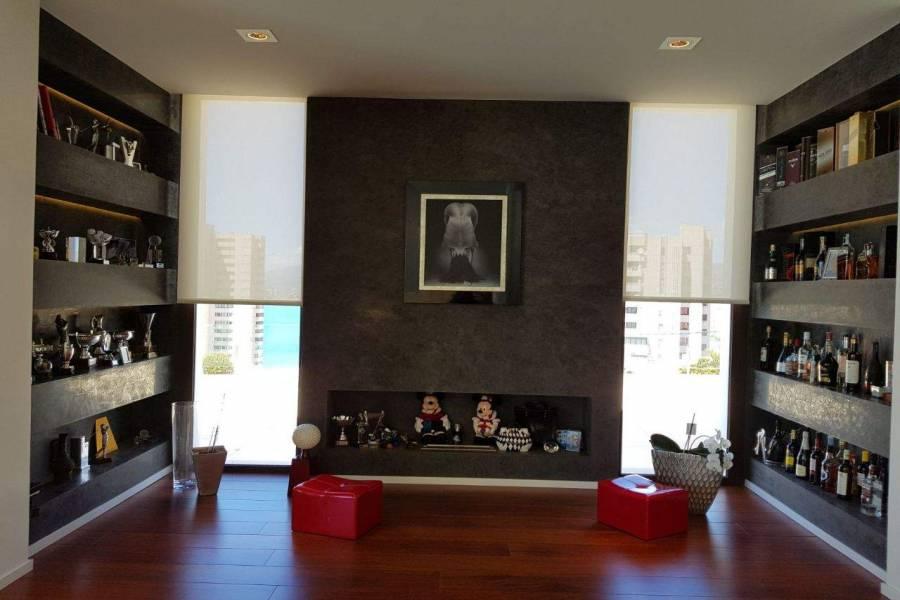 Benidorm,Alicante,España,5 Bedrooms Bedrooms,5 BathroomsBathrooms,Chalets,39667