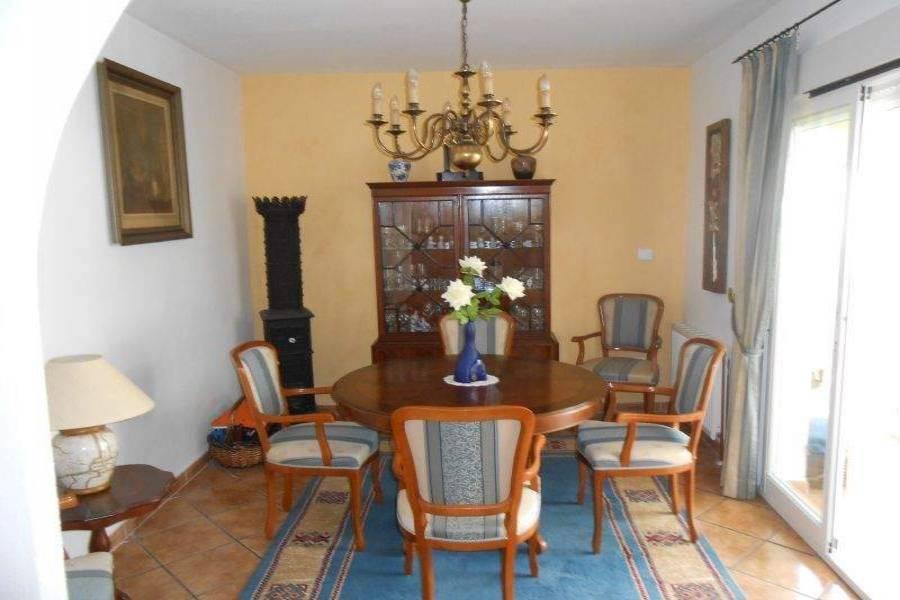 La Nucia,Alicante,España,4 Bedrooms Bedrooms,3 BathroomsBathrooms,Chalets,39738