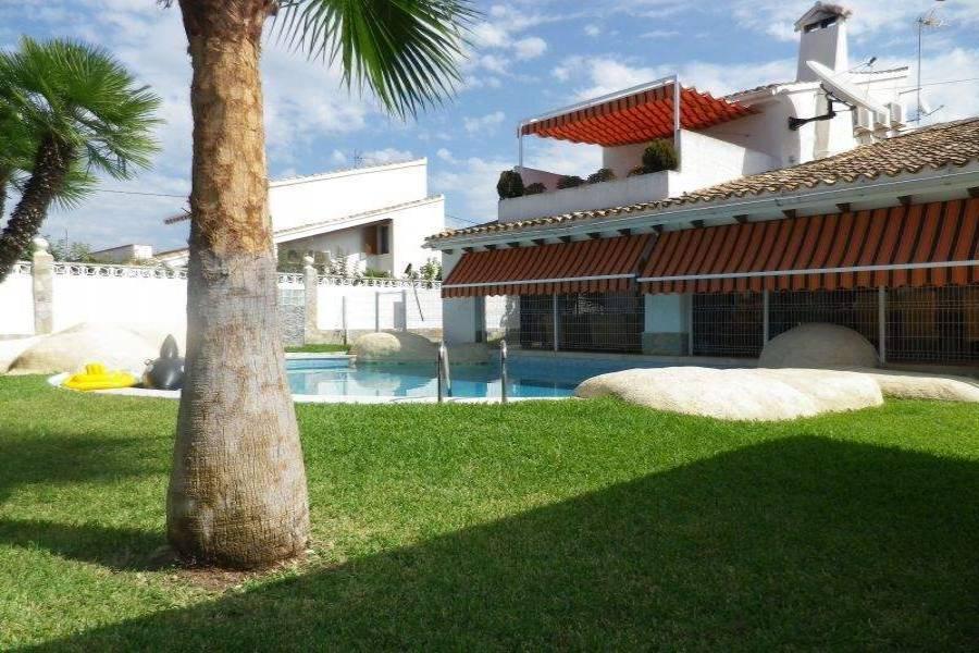 Benidorm,Alicante,España,6 Bedrooms Bedrooms,4 BathroomsBathrooms,Chalets,39775