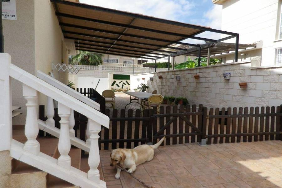 La Nucia,Alicante,España,3 Bedrooms Bedrooms,2 BathroomsBathrooms,Casas,39828