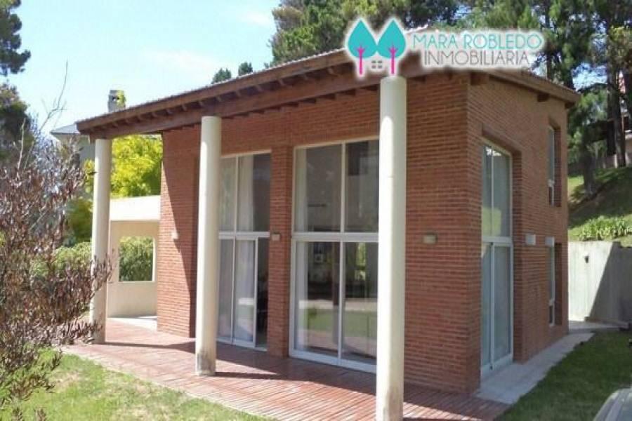 Pinamar,Buenos Aires,Argentina,3 Bedrooms Bedrooms,2 BathroomsBathrooms,Casas,AV SHAW,4428