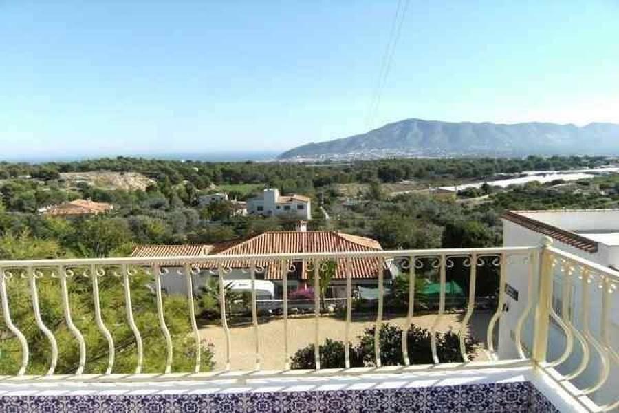 Alfaz del Pi,Alicante,España,3 Bedrooms Bedrooms,2 BathroomsBathrooms,Chalets,39835