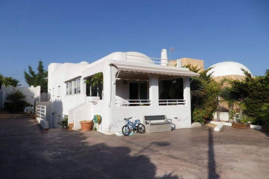 La Nucia,Alicante,España,4 Bedrooms Bedrooms,2 BathroomsBathrooms,Chalets,39837