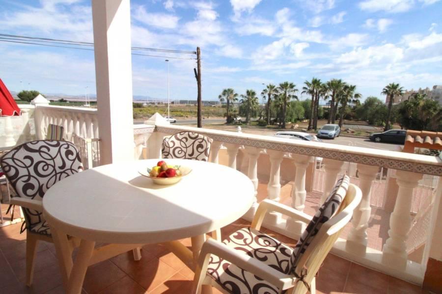 Torrevieja,Alicante,España,2 Bedrooms Bedrooms,1 BañoBathrooms,Adosada,39866